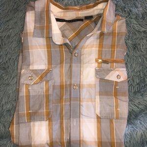 Men's Sean John casual button down shirt